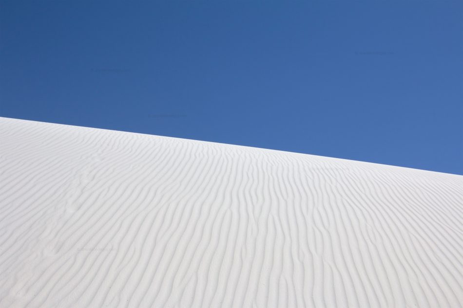 Minimal White Sands